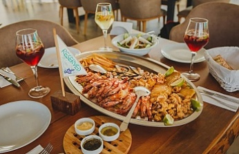 Ocean House Fish Restaurant offers quality service and delicious fish.
